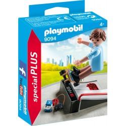 PLAYMOBIL ESPECIAL PLUS 9094 SKATER ( PREVENTA )